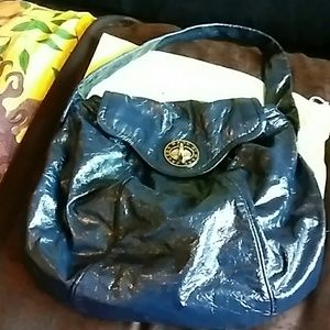 MARC BY MARC JACOBS PATENT LEATHER BAG BLUE